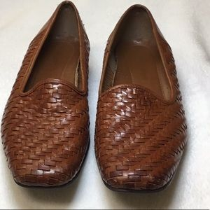 Naturalized Woven Leather Loafers